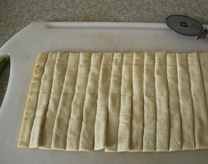 Быстро и вкусно: научилась готовить сырные палочки с морской солью и розмарином (рецепт)