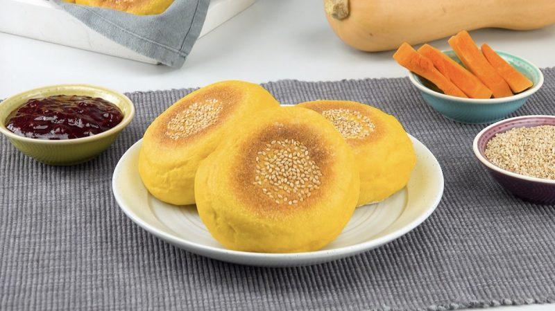 Простой рецепт хлеба с тыквой: духовка не нужна, жарим на сковороде