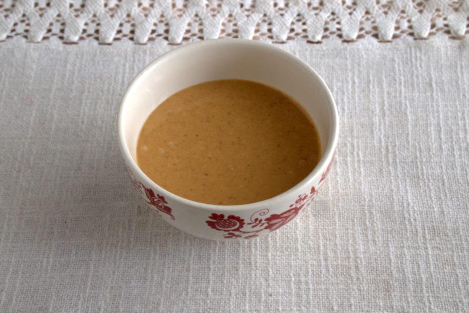 Женщина раскрыла секрет вкусного соуса из KFC и поделилась рецептом в Сети (он очень прост)