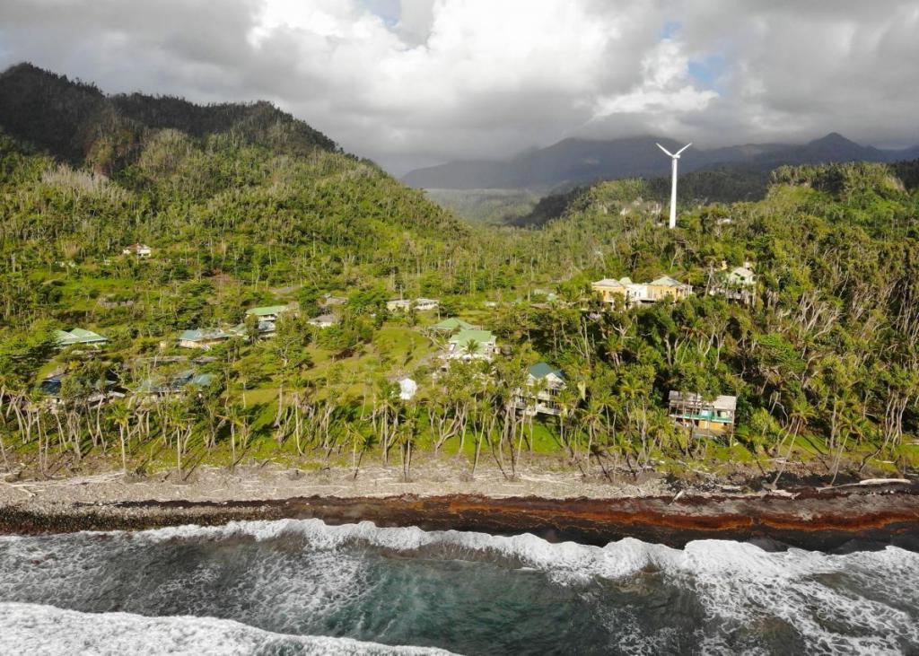 Остров Доминика готовится стать первой в мире страной, защищенной от ураганов