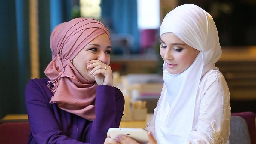 Приложение FaceApp со сменой пола достаточно популярно. Но муфтий в Малайзии признал его греховным