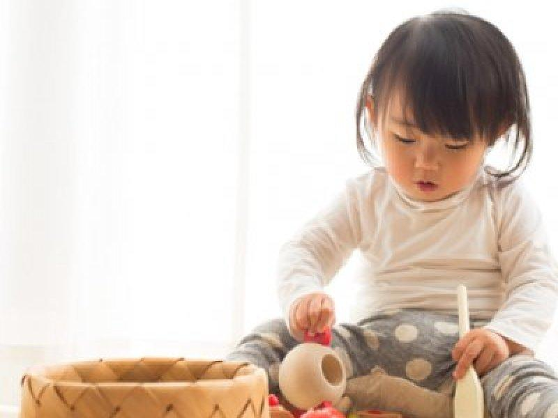 Стала воспитывать дочь по японскому методу. Вскоре капризную девочку не узнала