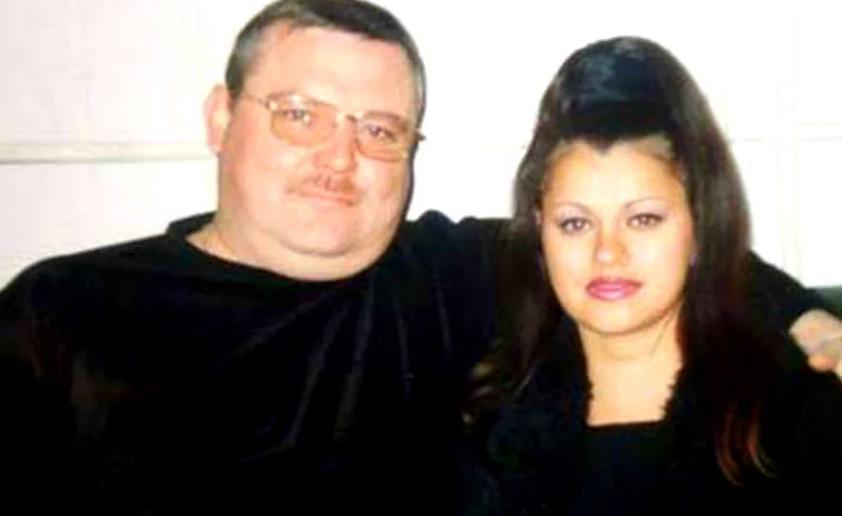 Михаил Круг погиб 18 лет назад. Как сейчас живут и выглядят его вдова и сын Саша (новые фото)