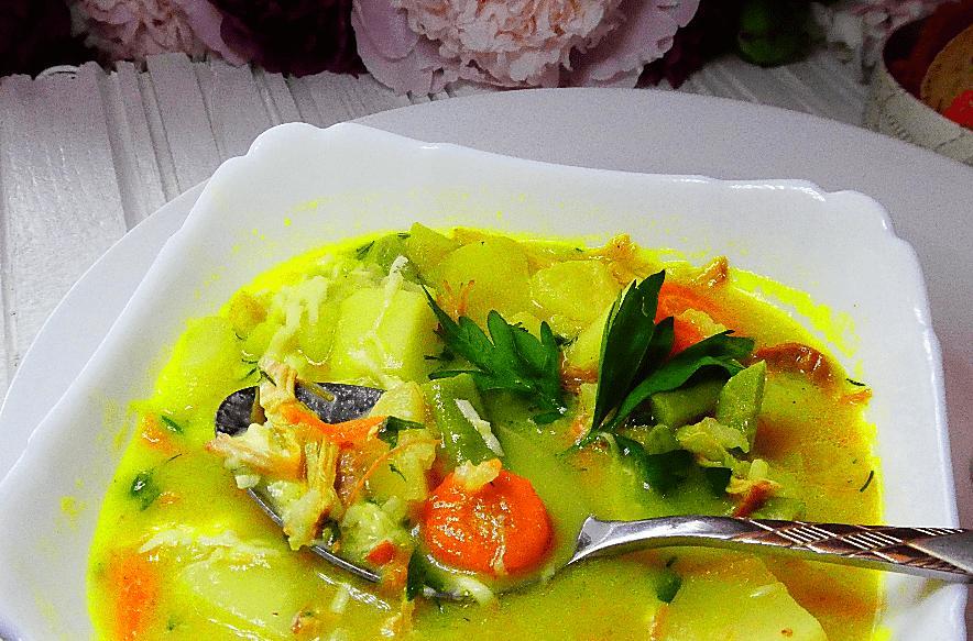 В копилку летних рецептов добавила рисовый суп со спаржевой фасолью по-итальянски: готовлю уже второй раз