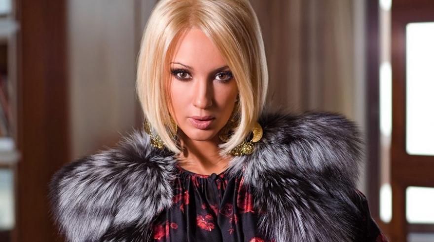 Выглядит, как и раньше: Кудрявцева показала себя на съемках 22-летней давности (фото)