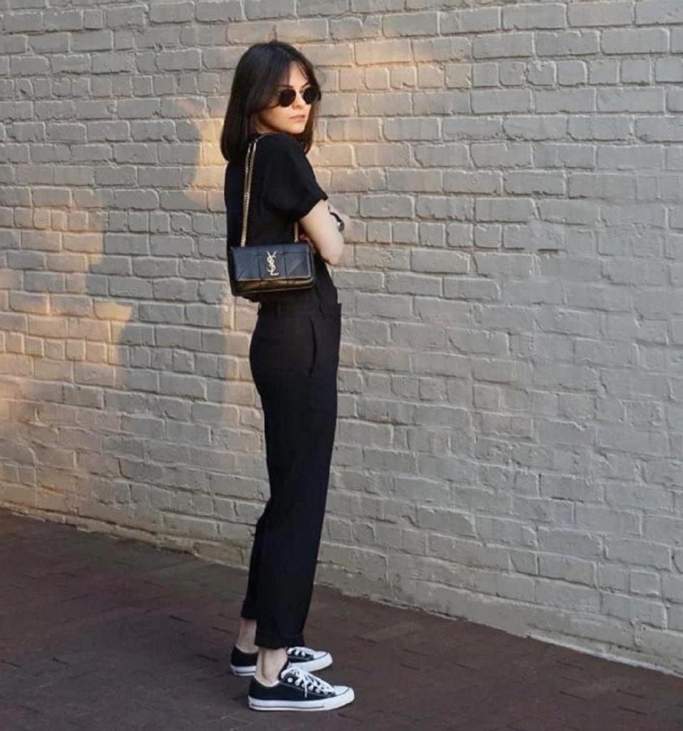 Кто сказал, что носить черное летом нельзя? Доказываем обратное с помощью 9 стильных образов