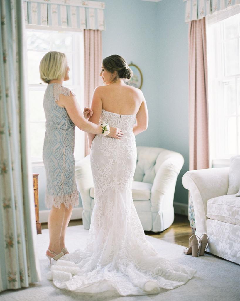 Подарила сестре свадебное платье ее мечты к бракосочетанию. Но теперь она просит еще 600 $, потому что набрала вес