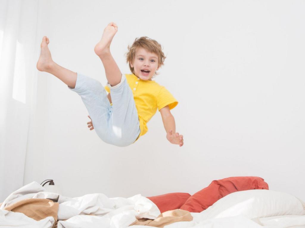 Как уложить беспокойного ребенка спать? 7 способов, в том числе неожиданных, например надо вместе похохотать