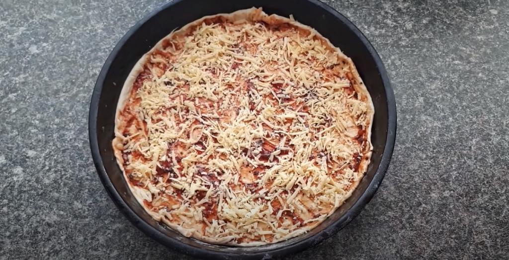 Больше не заказываю пиццу в пиццерии - готовлю ее по рецепту свекрови