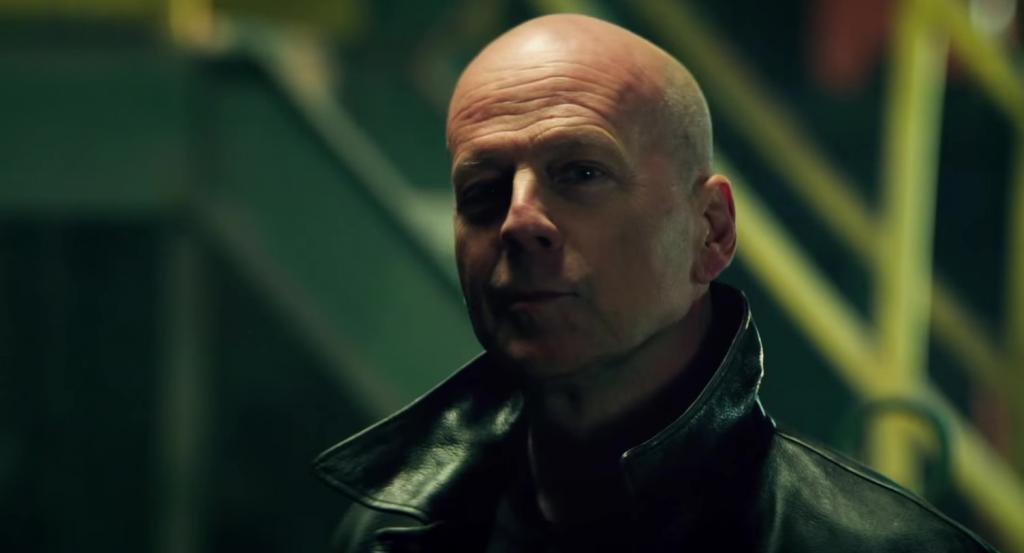 """Брюс Уиллис переходит на плохую сторону в роли лидера банды наемников: новый боевик актера """"Реактор"""" купили на виртуальном Каннском рынке"""