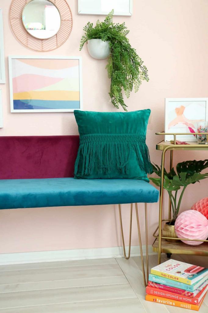 Сделала дома очень красивую банкетку с велюровыми сиденьем и спинкой разных цветов