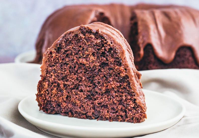 Шоколадный торт и Пирожное дьявола - одно и то же? Разница между этими десертами
