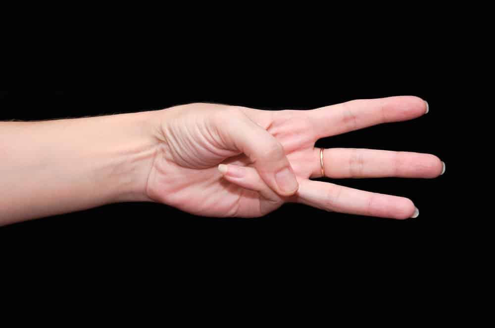 Живу в Германии: когда сложно понять, перед мной немец или русский, прошу его показать на пальцах «2» или «3»