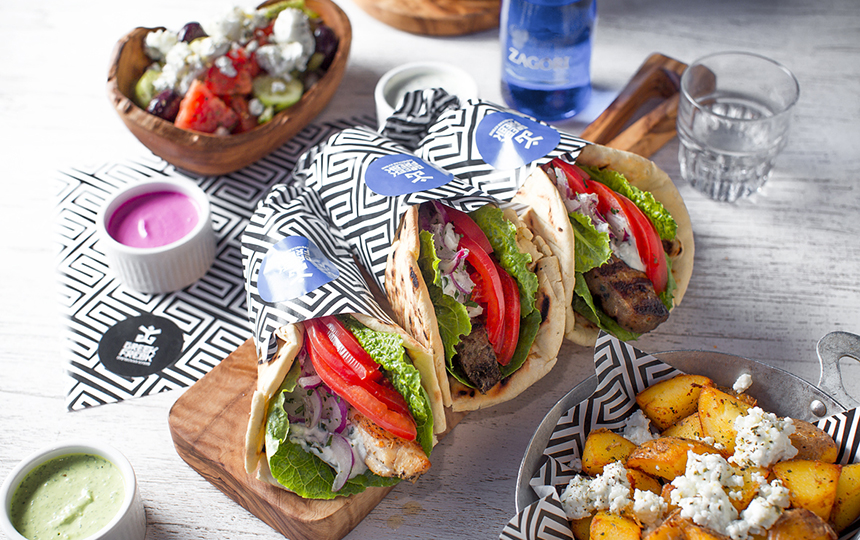 Популярные блюда фастфуда в Греции (лучше не читать, если вы еще не обедали)