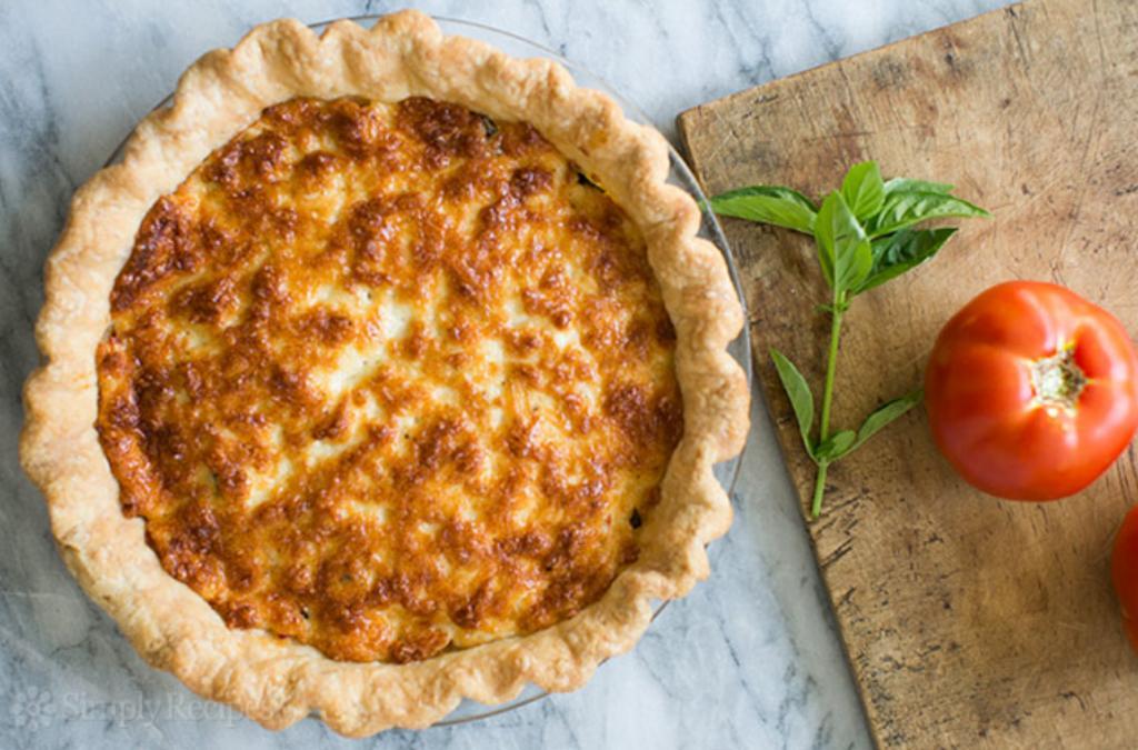 Пирог может быть не только сладким. Готовлю выпечку с томатами и сыром