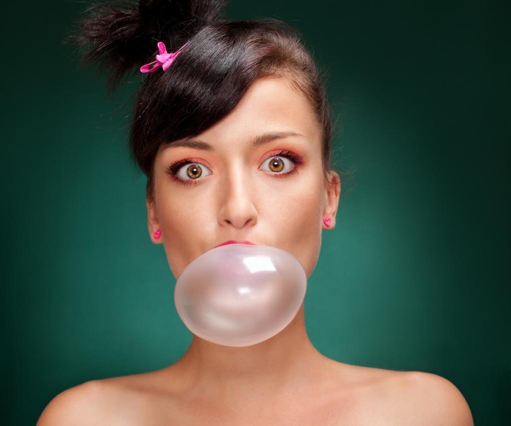 Жевательная резинка ухудшает кратковременную память: безобидные привычки, негативно влияющие на наше здоровье