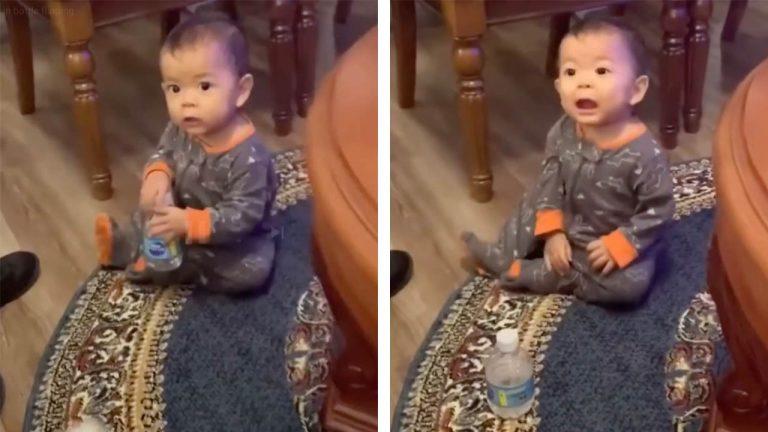 Годовалый малыш несколько раз подряд исполнил популярный трюк с бутылкой (видео)