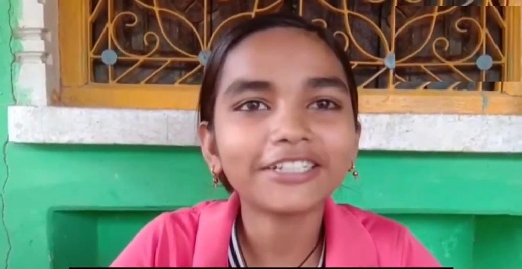 Правительство дало мне велосипед, остальное я сделала сама: девочка, которая каждый день преодолевала 24 км, чтобы попасть в школу, набрала 98,5 баллов из 100 за экзамены