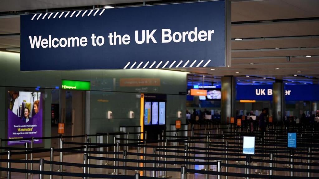 Осторожно - Британия! Здесь готовится новый список стран, путешественникам которых въезд разрешен. США, Россия и Бразилия исключены из списка