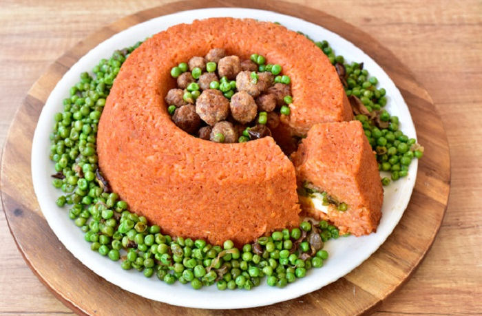 Блюдо из риса и горошка для тех, кто любит покрасивее: говорят, в Неаполе, его умеет делать каждая хозяйка
