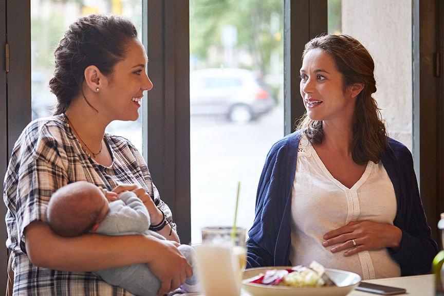 Узнав, как подруга собирается назвать свою будущую дочку, женщина возмутилась и попросила совета в Сети