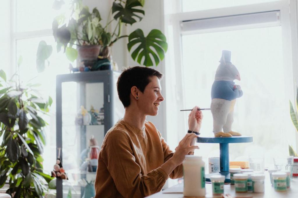Мои работы уже появились в США, Китае, Швеции, Англии: украинка Настя Калака рассказала, как любовь к керамике помогла открыть свою студию в Нидерландах
