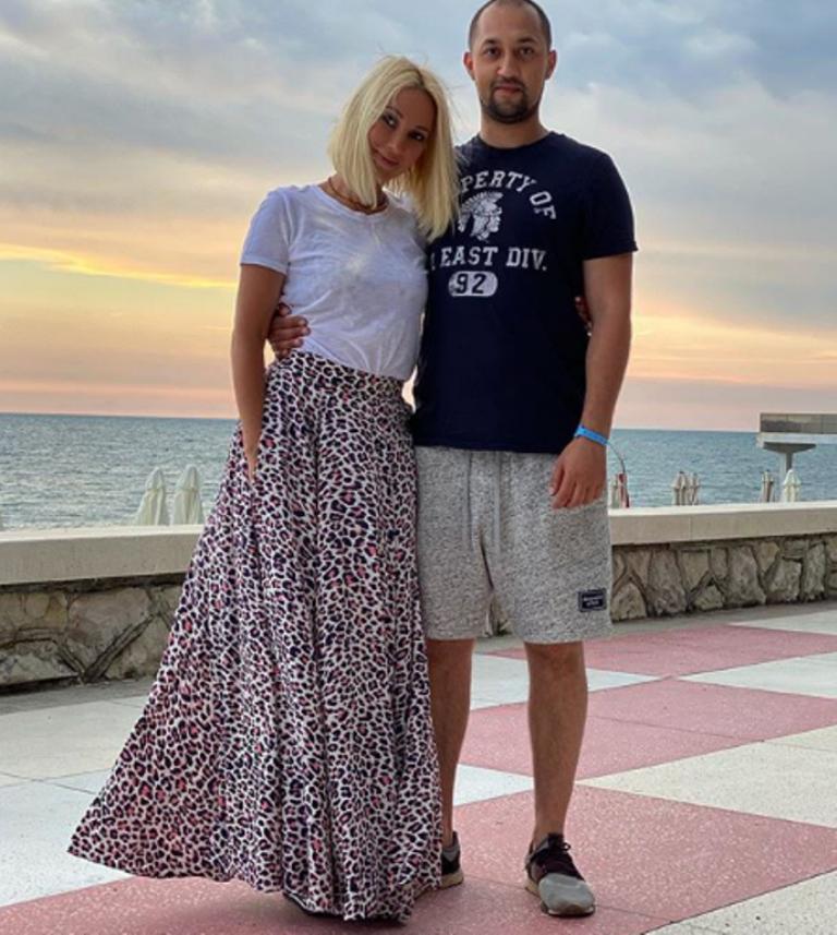 Лера Кудрявцева на новом фото выглядит не старше собственного сына
