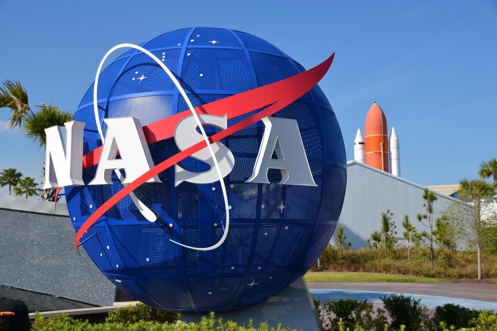 НАСА предлагает 20 000 $ за разработку лунного туалета