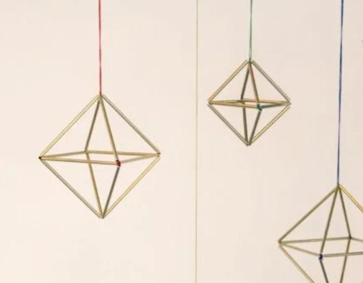 Геометрия – модная тенденция в мире дизайна: украшаем комнату самодельными подвесками