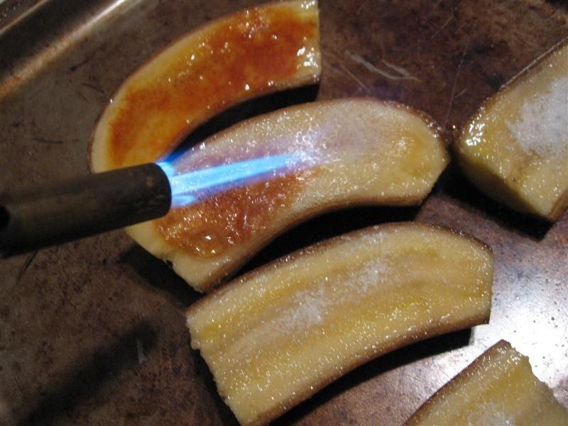 Бананы а-ля крем брюле: домашний деликатес всего из двух ингредиентов