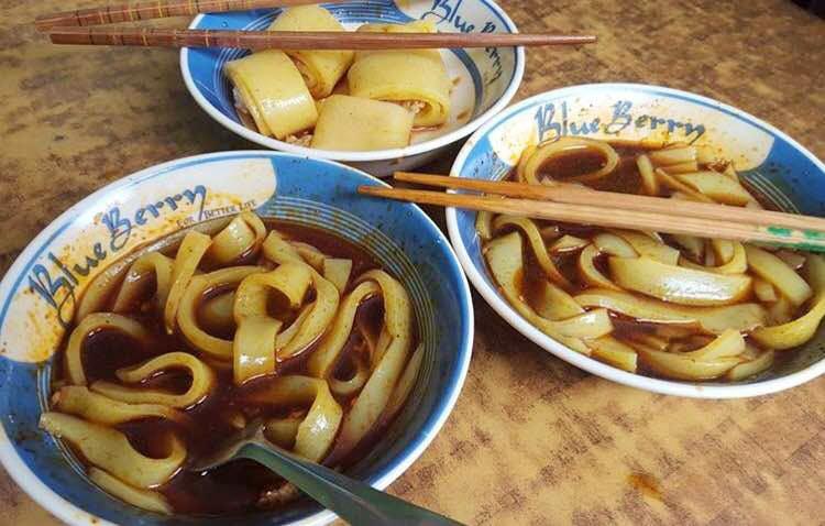 Традиционный рецепт королевства Бутан: лафинг   острая лапша с бобами (рецепт с фото)