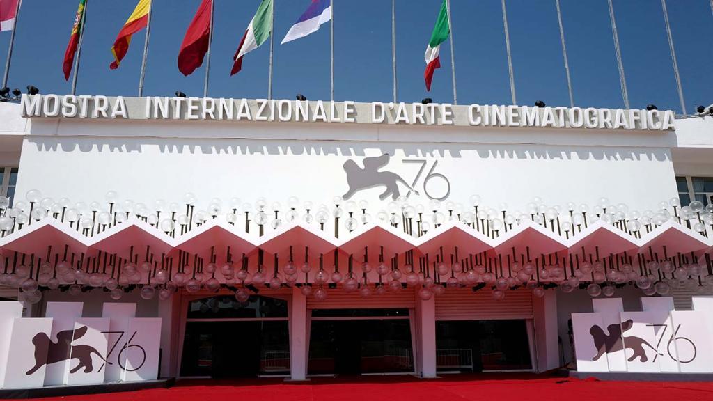 Венецианский фестиваль откроется осенью, как и каждый год: какие мировые кинофестивали последуют его примеру