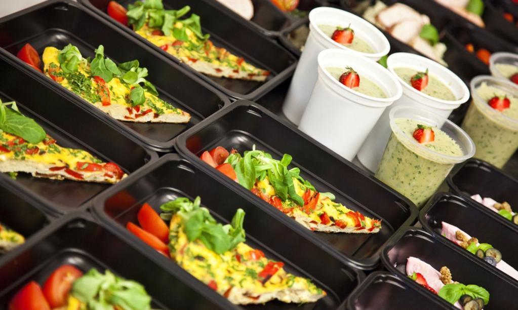 Многие не покупают готовую еду, а зря: 3 мифа о свежести, пользе и составе готовой еды