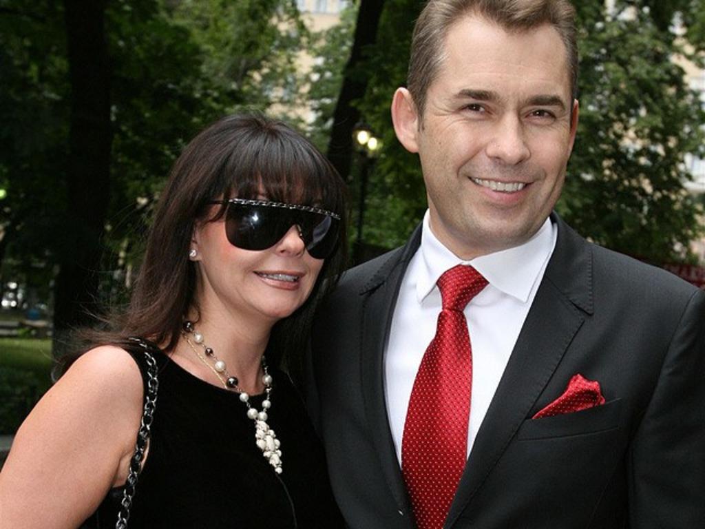 Как выглядит женщина, с которой Павел Астахов счастлив уже 33 года (новые фото)