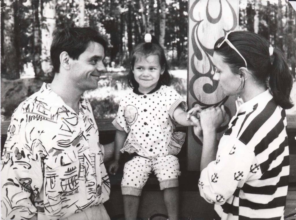 Долгожданная дочь Константина Райкина очень на него похожа: новые фото