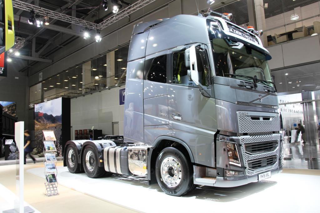 КамАЗ,  Урал ,  Вольво : на каких грузовиках предпочитают ездить водители