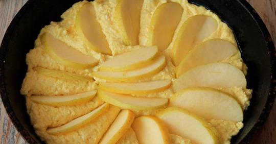 Творожный пирог на сковороде, которые заменит сырники и готовится намного проще