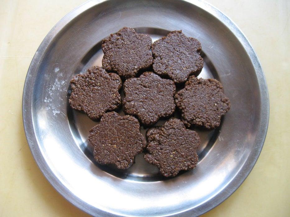 Для детей готовлю полезное печенье из кунжута и миндаля: лакомство не содержит глютен, поэтому угощаю детей без опаски