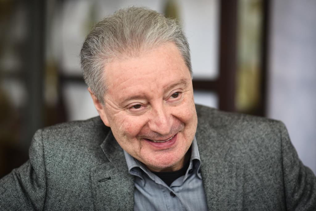 Вениамину Смехову   80: актер сыграл в  Мушкетерах  из за своей любви к творчеству Дюма