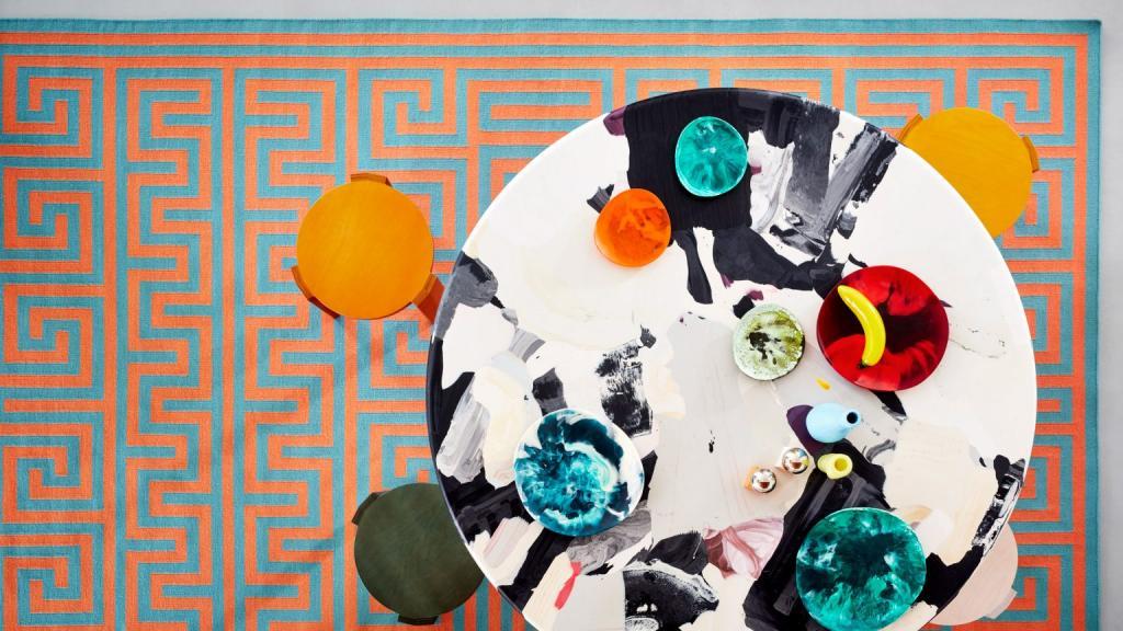 Сделано вручную: красочные ковры, напоминающие  ленивые летние каникулы  или древнюю мозаику