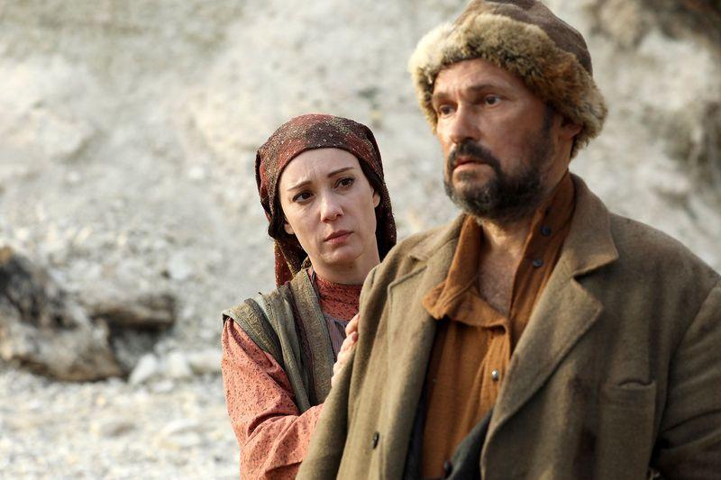 Зулейха открывает глаза : лучшие сериалы этого года, по мнению россиян