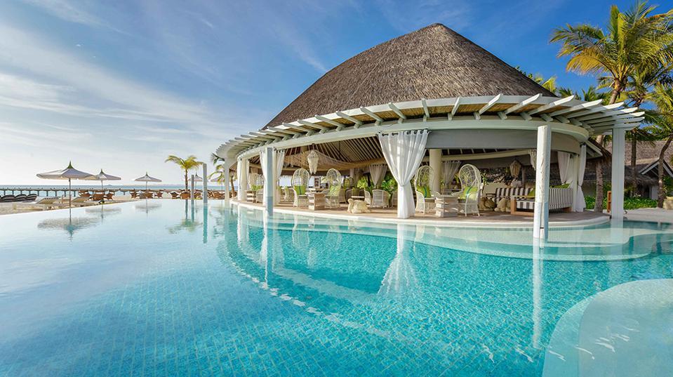 7 вариантов отдыха на Мальдивах, которые можно спланировать прямо сейчас