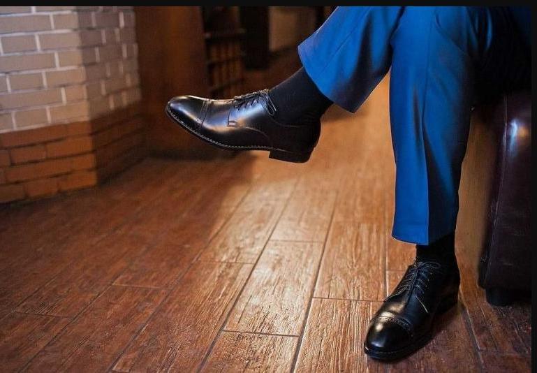 У неуверенных в себе людей туфли выглядят безупречно: чтобы узнать человека, посмотрите на его обувь