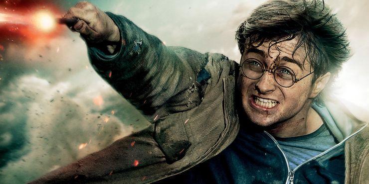 Гарри Поттер - неординарная личность: фанаты сказки обсудили 5 лучших и 5 худших качества мальчика, который выжил