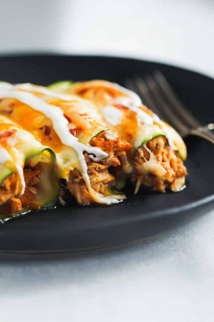 Вкусный и полезный ужин из кабачков и курицы: родные попросят добавки