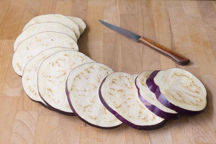 Муж  подсадил  детей на сочные бутерброды из баклажан: готовит почти каждый день