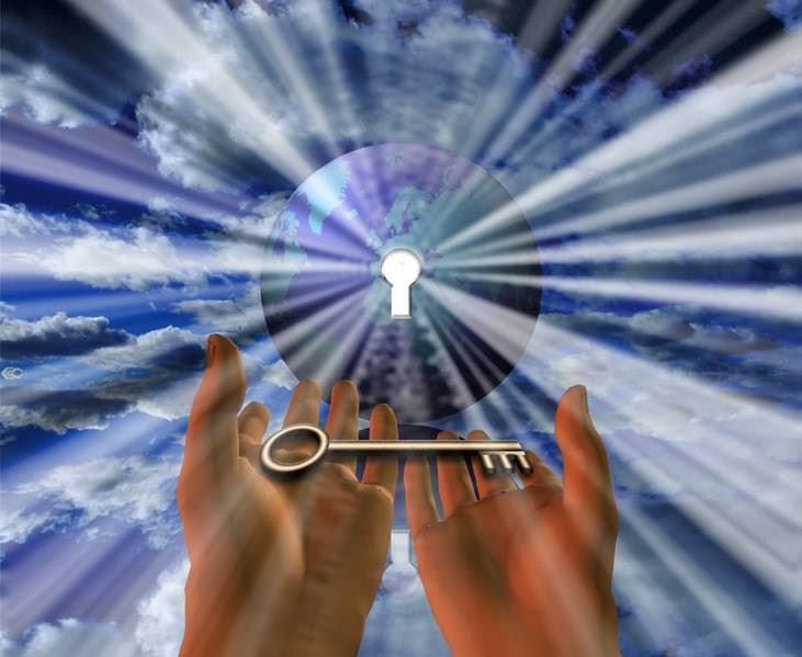 Небеса открыты ежедневно в определенное время: когда и о чем просить ангела в августе