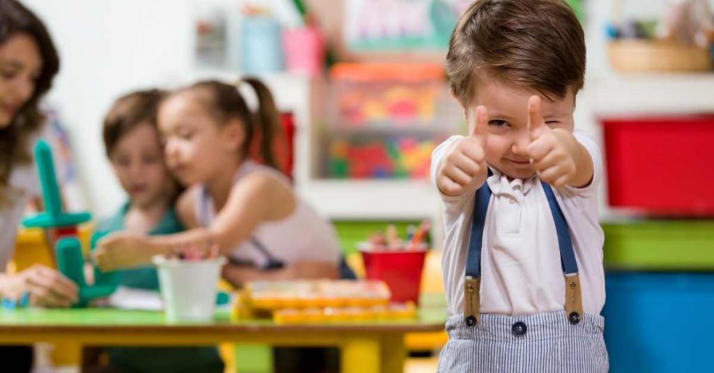 Поведение взрослого имеет значение: как воспитать в ребенке вежливость. Советы психологов