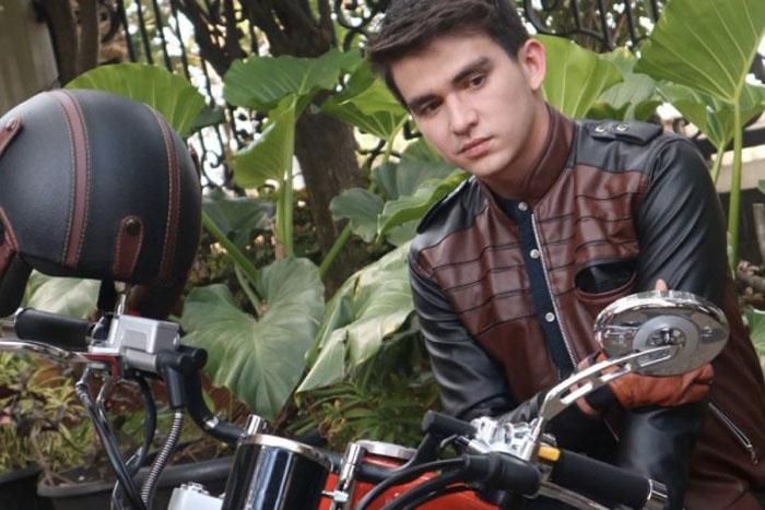 Любителям мотоциклов: советы по уходу за кожаной байкерской курткой, чтобы всегда выглядеть круто и мужественно