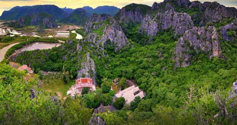 Альтернатива ночной жизни в Таиланде - пять впечатляющих красотой национальных парков: Каенг Крачан и другие